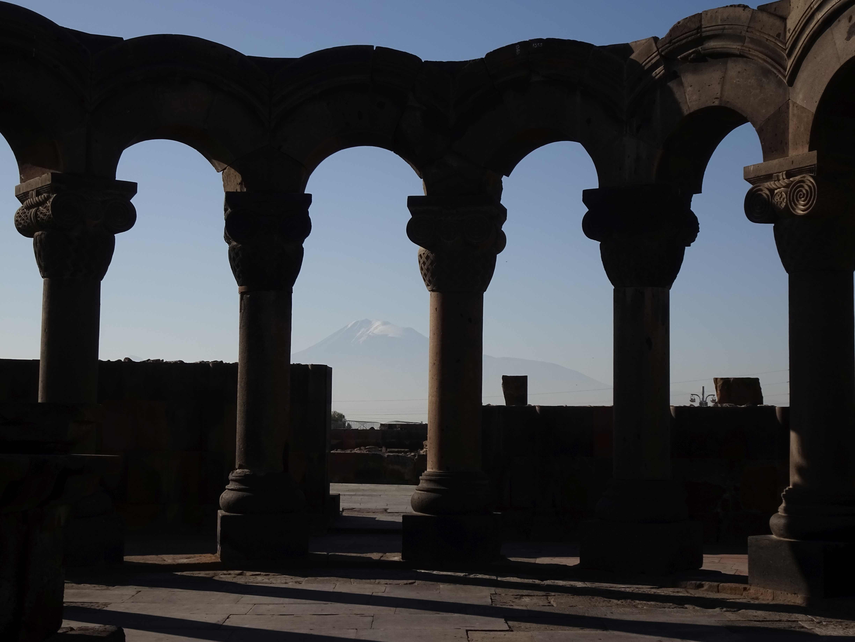 Tagesausflug in die Umgebung Jerewans: Swartnoz.... 7. Jhd.