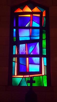 Das Schönste an der Verkündigungskirche sind die Fenster.