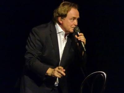 Viele schöne Konzerte gab es in letzter Zeit... vor Weihnachten war der obligatorische Besuch von und bei Klaus Hoffmann