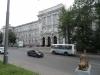 Das Hauptgebäude der Staatlichen Universität