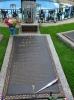 Dieses ist das meistbesuchteste Grab der USA.